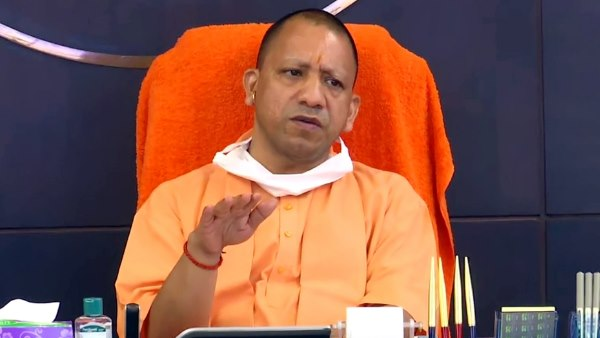 CM Yogi appeal If you can isolate at home do not rush in hospitals