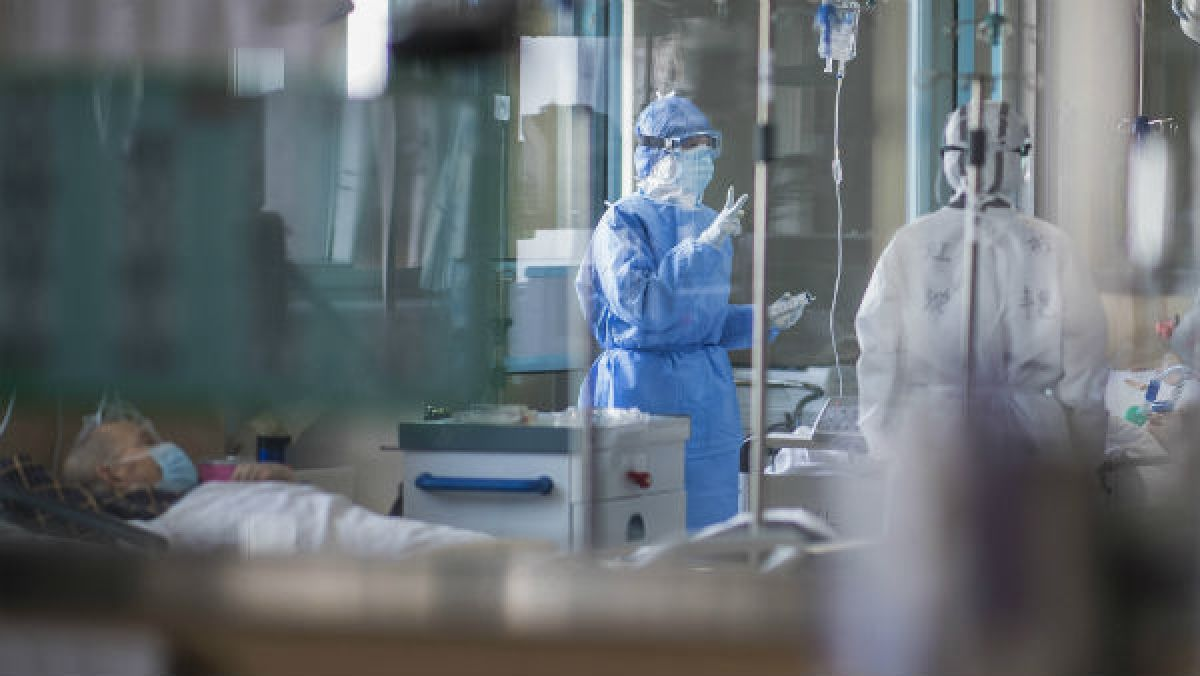 Coronavirus: औद्योगिक कार्यों के लिए ऑक्सीजन की आपूर्ति पर पाबंदी, मरीजों की जान बचाने में आएगा काम