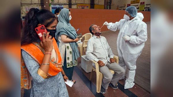 गुजरात में 24 घंटे के भीतर मिले अब तक के सबसे ज्यादा 6690 कोरोना मरीज, ऐसे टूटे कई रिकॉर्ड