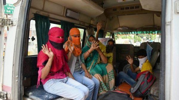 यह पढ़ें:कोरोना को लेकर दिल्ली HC में याचिका, घर पर आइसोलेट मरीजों को इलाज मुहैया करवाने की मांग