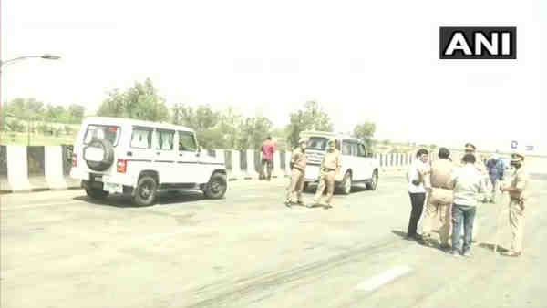 Eastern Peripheral Expressway blocked by farmers protesting against the three farm laws
