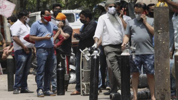 दिल्ली में कोरोना के यूके स्ट्रेन ने मचा रखी है तबाही, डेटा से हुआ बड़ा खुलासा