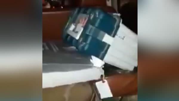 असम चुनाव: EC की गाड़ी पर हमले के बाद BJP उम्मीदवार की गाड़ी में रखी गई EVM