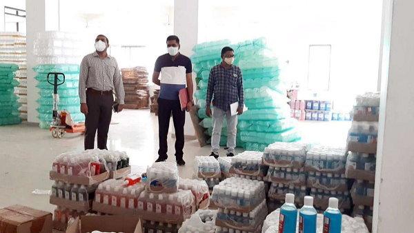गुजरात में जब्त किए गए 50 लाख के सैनिटाइजर निकले नकली, देखने में बोतलें लग रही हैं बिल्कुल असली