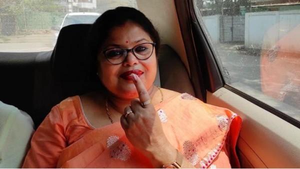 नक्सली हमले में मारे गए जवानों पर फेसबुक पोस्ट लिखने पर राजद्रोह के आरोप में असम की लेखिका गिरफ्तार