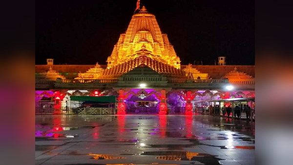 Gujarat: Ambaji ShaktiPeeth temple closed due to Covid, but 63 infected found after tests