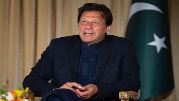महिलाओं को लेकर इमरान खान का घटिया बयान, पाकिस्तान में मचा बवाल