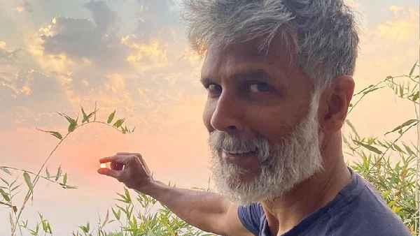 जंगल में समय बिता रहे मिलिंद सोमन बोले- सोशल डिस्टेसिंग के लिए ये ही जगह सबसे बेहतर, पढ़ें पूरा पोस्ट
