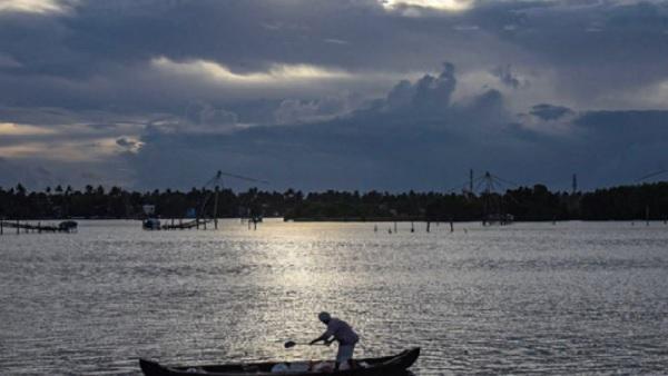 यह पढ़ें: कोरोना संकट के बीच Monsoon को लेकर आई Good News, जानिए कब से बरसेंगे मेघ