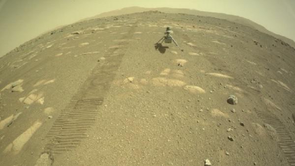 मंगल की सतह पर उतरा हेलीकॉप्टर Ingenuity, NASA ने कहा-'मिशन 90 प्रतिशत सफल'