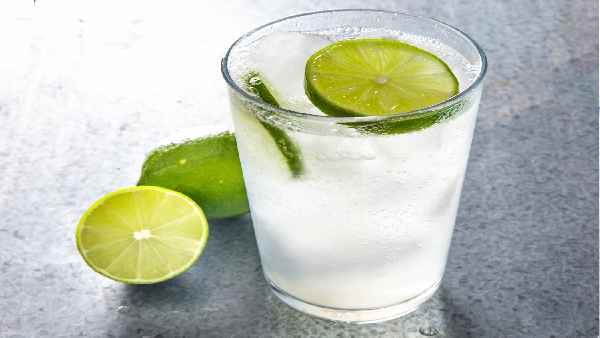 Fact Check,: नींबू और बेकिंग सोडा गरम पानी में पीने से मर जाता कोरोना वायरस? जानें सच