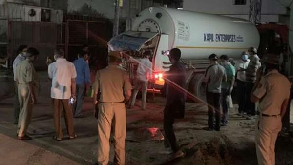 'दिल की पुलिस': दिल्ली पुलिस की तत्परता ने बचा ली 350 मरीजों की जान, वक्त रहते पहुंचाया ऑक्सीजन