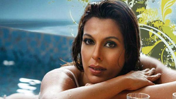 <strong>गोवा में मंगेतर संग इंजॉय कर रहीं पूजा बेदी इस वीडियो के कारण हुई ट्रोल, यूजर्स ने लगाई क्लास</strong>