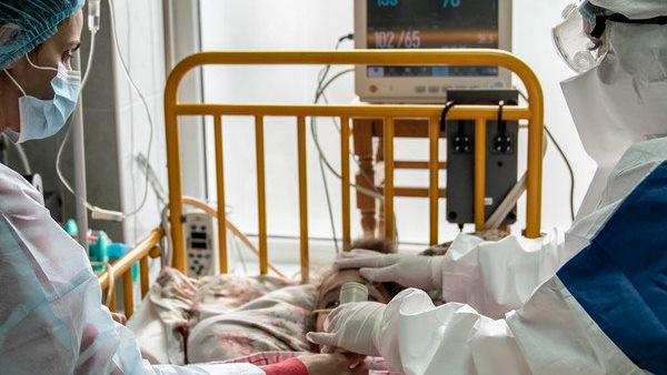गर्भवती महिलाओं पर कोरोना का कहर, गुजरात के अस्पतालों में सैकड़ों भर्ती, नहीं बच पा रही जान