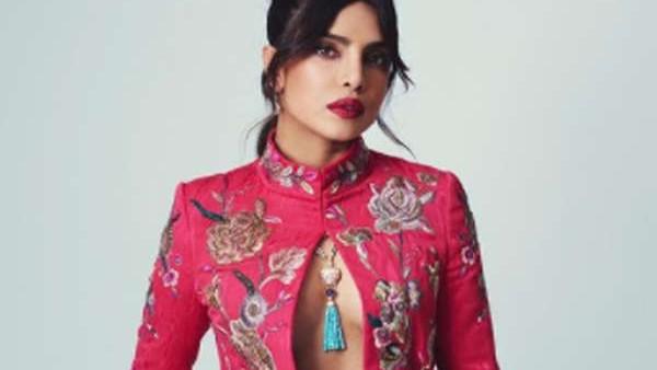 BAFTA 2021 में लुक को लेकर ट्रोल हुईं प्रियंका चोपड़ा, लोगों ने पूछा- ब्रा पहनना भूल गईं क्या