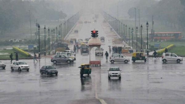 यह पढ़ें:दिल्ली और दक्षिण भारत पर इंद्रदेवता मेहरबान, आंधी-पानी का अलर्ट जारी, Weather Updates