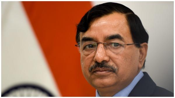 मुख्य चुनाव आयुक्त सुशील चंद्रा और इलेक्शन कमिश्नर राजीव कुमार हुए कोरोना संक्रमित, वर्क फॉर होम पर हैं दोनों