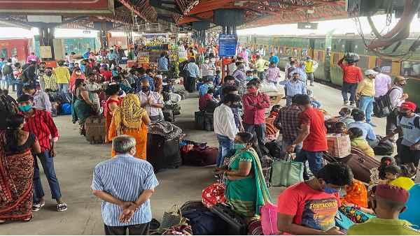 यह पढ़ें: Indian Railways:दिल्ली से बिहार और यूपी के लिए 5 स्पेशल ट्रेन चलाएगा रेलवे, पूरी लिस्ट देखिए