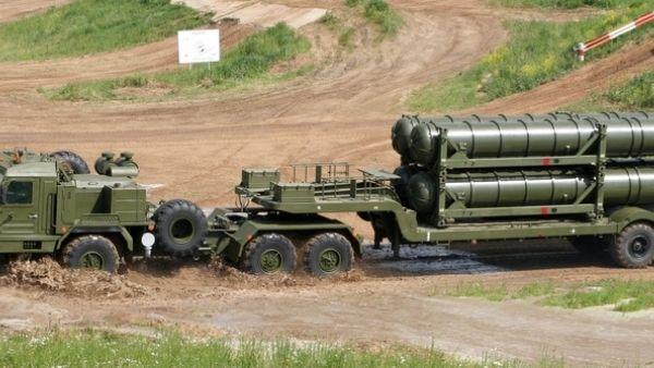 युद्ध के मुहाने पर रूस-यूक्रेन, राष्ट्रपति बाइडेन ने की आपात बैठक, ब्लैक सागर में वारशिप भेजेगा अमेरिका