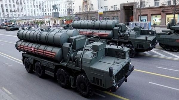 S-400 Missile system: नवंबर से रूस करेगा S-400 मिसाइल सिस्टम की डिलीवरी, भारत के सामने अमेरिकी धमकी बेअसर
