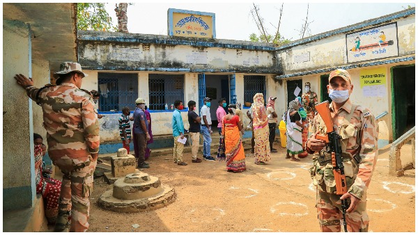 ये भी पढ़ें: पश्चिम बंगाल में 5वें चरण के चुनाव के दौरान कई बूथों पर हिंसा, TMC ने BJP और CRPF पर लगाए गंभीर आरोप