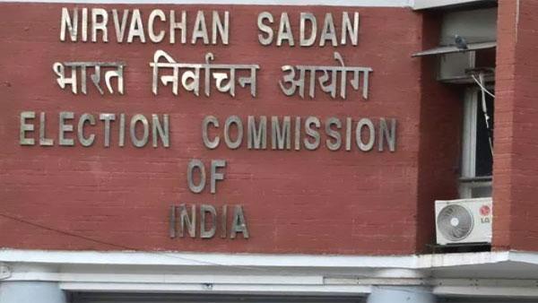 चुनाव आयोग ने पश्चिम बंगाल चुनाव पर ट्वीट कर सशस्त्र बलों का उपयोग करने का किया बचाव