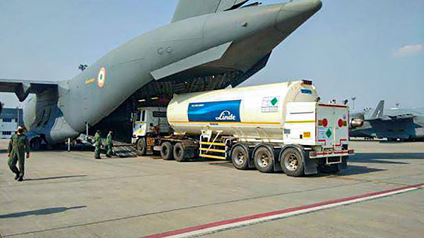 Coronavirus Government airlift 23 mobile oxygen generating plants from Germany