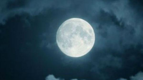 क्या होता है चंद्र ग्रहण ?