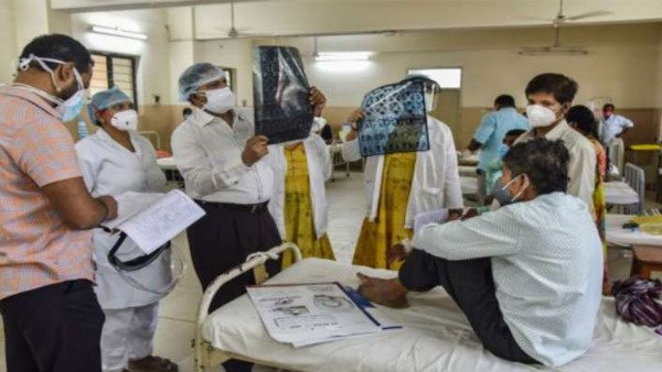 यह पढ़ें: Black Fungus: चंडीगढ़ में ब्लैक फंगस महामारी घोषित, तमिलनाडु Govt ने बताया अधिसूचित रोग, जानें लक्षण
