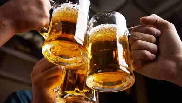 जहरीली शराब पीने से अंबेडकर नगर में हुई 5 लोगों की मौत, पड़ोसी जिले के बॉर्डर से खरीदकर लाए थे