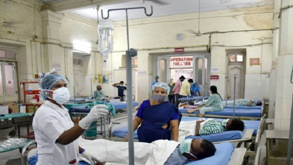 ब्लैक फंगस की दवा की होने लगी किल्लत, अस्पतालों को गुजरना पड़ रहा है लंबी कागजी प्रक्रिया से