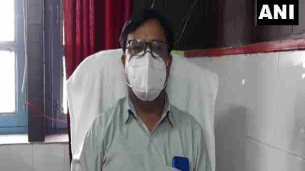 ये भी पढ़ें:- बागपत: लूंब गांव के प्रधान ने वायरल की 37 मृतकों की लिस्ट, प्रशासन ने अब जांच के लिए भेजी टीम