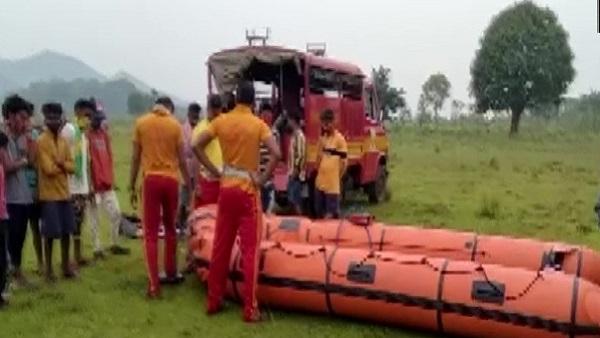 ओडिशा-आंध्र प्रदेश बॉर्डर के पास सिलेरू नदी में नाव पलटने से 8 मजदूर लापता, 1 शव बरामद