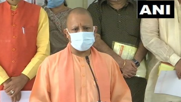 यूपी में 20 दिन के अंदर 2 लाख से अधिक कम हुए कोरोना के एक्टिव केस, लखीमपुर खीरी में बोले CM योगी