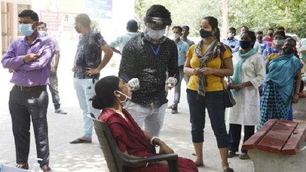 ये भी पढ़ें: दिल्ली में आज भी घटे कोरोना के दैनिक केस, पॉजिटिविटी रेट गिरकर हुआ 17.76 फीसदी