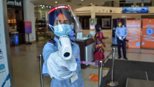 ये भी पढ़ें: कोरोना वायरस का भारतीय वेरिएंट प्रतिरक्षा प्रणाली को चकमा देने में सक्षम- वैज्ञानिक