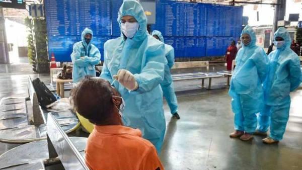 यूपी में कोरोना के पिछले 24 घंटों में 30,983 नए मामले, 290 लोगों की मौत
