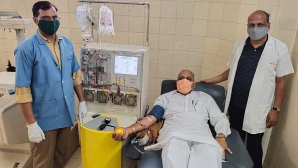 हरियाणा में विधानसभा उपाध्यक्ष ने प्लाज्मा डोनेट किया, स्वास्थ्य मंत्री बोले- 50 बेड से ज्यादा वाले अस्पताल को ऑक्सीजन जनरेशन प्लांट लगाना जरूरी