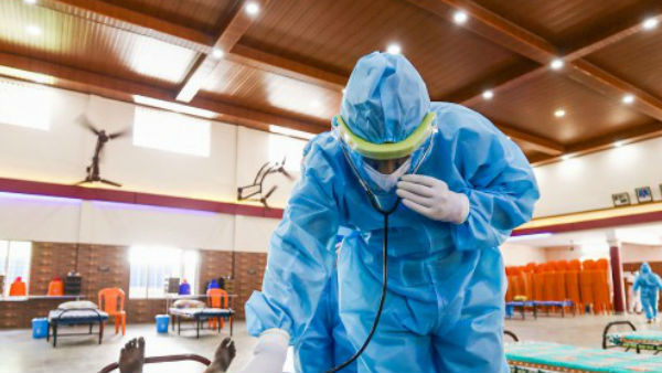यूपी में कोरोना से 353 मरीजों ने गंवाई अपनी जान, एक्टिव केस की संख्या धीरे-धीरे हो रही काम