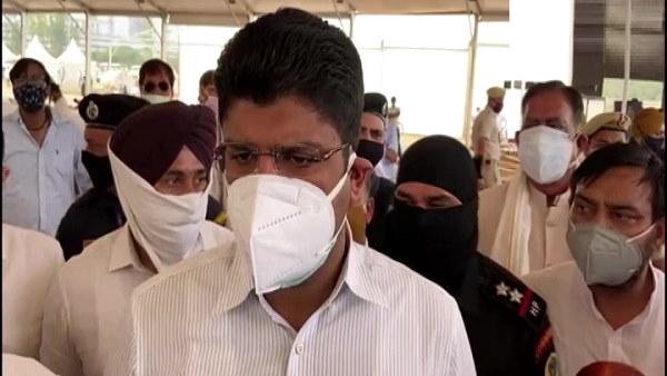 हरियाणा में 15 हजार से ज्यादा नए कोरोना मरीज मिले, अब पानीपत में तैयार हो रहा 500 बेड का हॉस्पिटल