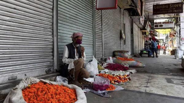 Delhi Lockdown: दिल्ली सरकार ने 7 जून तक बढ़ाया लॉकडाउन, इन कामों में दी ढील