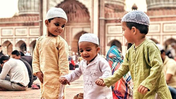 ये भी पढे़ं- Eid-ul-Fitr 2021: पूरे देश में आज ईद की धूम, राष्ट्रपति-PM और राहुल गांधी ने देशवासियों से कहा-Eid Mubarak