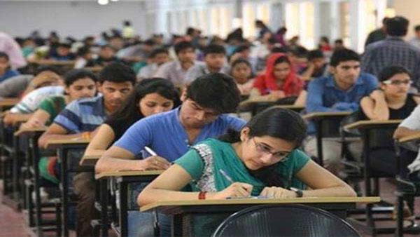 UP Board Exam: रद्द हुई यूपी बोर्ड 10वीं की परीक्षा, जानिए कब जारी होगा 12वीं का शेड्यूल