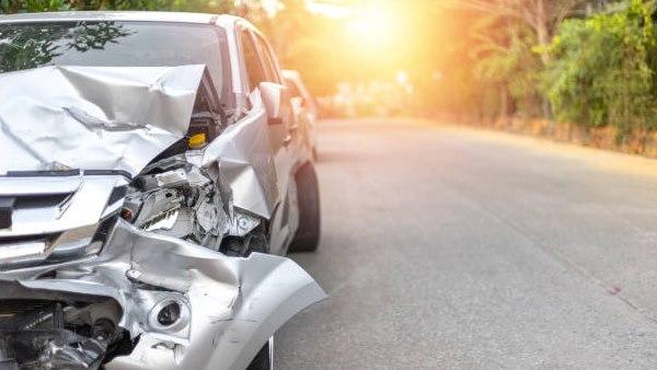 झांसी में भीषण सड़क हादसा, पांच लोगों की दर्दनाक मौत, 4 घायल