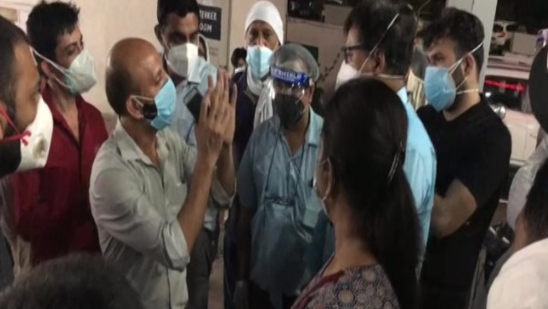 Family members created ruckus after 5 patients lost life at a private hospital in meerut