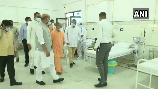 राजनाथ सिंह ने लखनऊ में CM योगी के साथ कोविड अस्पतालों का लिया जायजा, कही ये बात