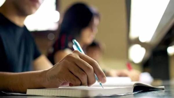 कोरोना वायरस के कारण सरकार ने लिया मई 2021 सत्र की जेईई मेन परीक्षा स्थगित करने का फैसला