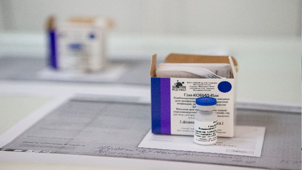 CoWin पोर्टल पर रूसी वैक्सीन स्पूतनिक वी का स्लॉट उपलब्ध, जानिए कितने की है एक डोज