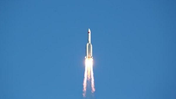 चीन का अनियंत्रित रॉकेट आज ही पृथ्वी पर गिरेगा, 21 हजार किलो है वजन, नुकसान होने पर हर्जाना मांगेगा अमेरिका