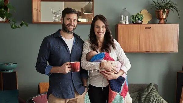 टीवी होस्ट से शादी करेंगी न्यूजीलैंड की प्रधानमंत्री जेसिंडा अर्डन, 2 साल की है बेटी